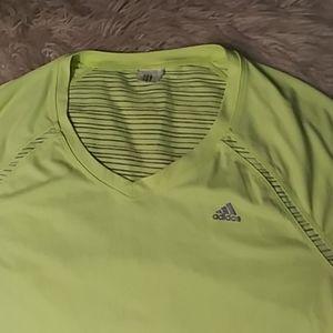 5/$25 Adidas clima lite stretch T sz L NWOT